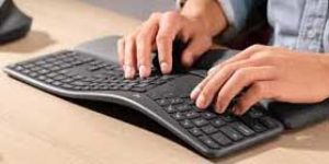 エルゴノミクスキーボードとマウス